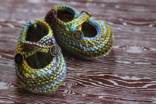 Saartje's Booties - green and blue baby booties
